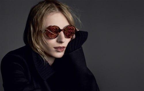 1ec507ce0 لقد أجمع أخصائي النظارات الشمسية بعد مناقشتهم المزايا المتوفرة فيها على  أنها فريدة من نوعها وفي الوقت نفسه فإن مجموعة ديور من النظارات الشمسية  مريحة للغاية ...